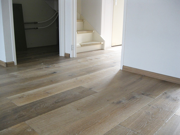Aanbieding Pvc Vloer : Aanbiedingen op pvc vloeren houten vloeren zonwering en rits